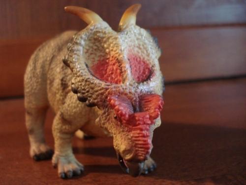 Transition Chorlton plastic dinosaur - Achelousaurus