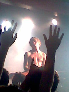 Cage the Elephant's lead singer Matt Shultz at Manchester Club Academy in 2008